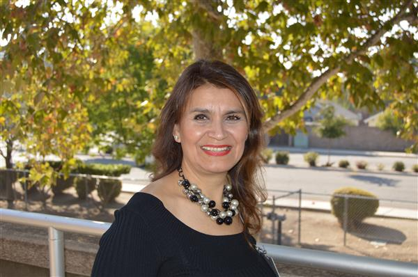 Mrs. Laura Camacho